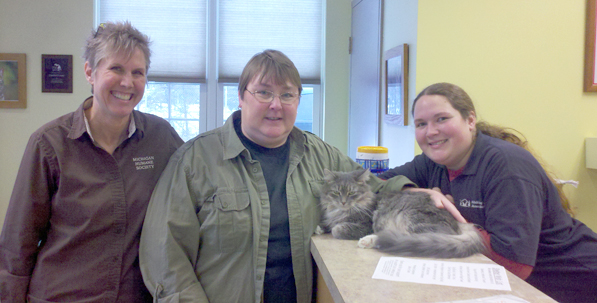 AuSable Valley Shelter Director Cheryl Postma with Linda at the Grayling shelter.